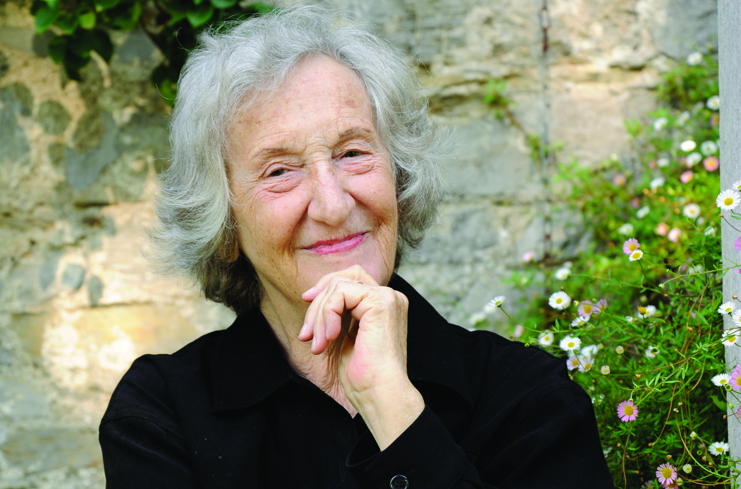 Resonate: Green by Thea Musgrave